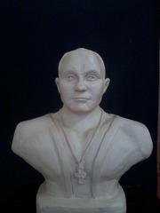 продам бюст-Федор Емельяненко. материал глина. тел 87011903749