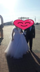 Продам красивое Свадебное платье вместе с шубкой.